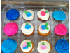 sugary-pink-and-blue-cupcakes-with-flowers